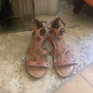 Steve Madden delta sandals